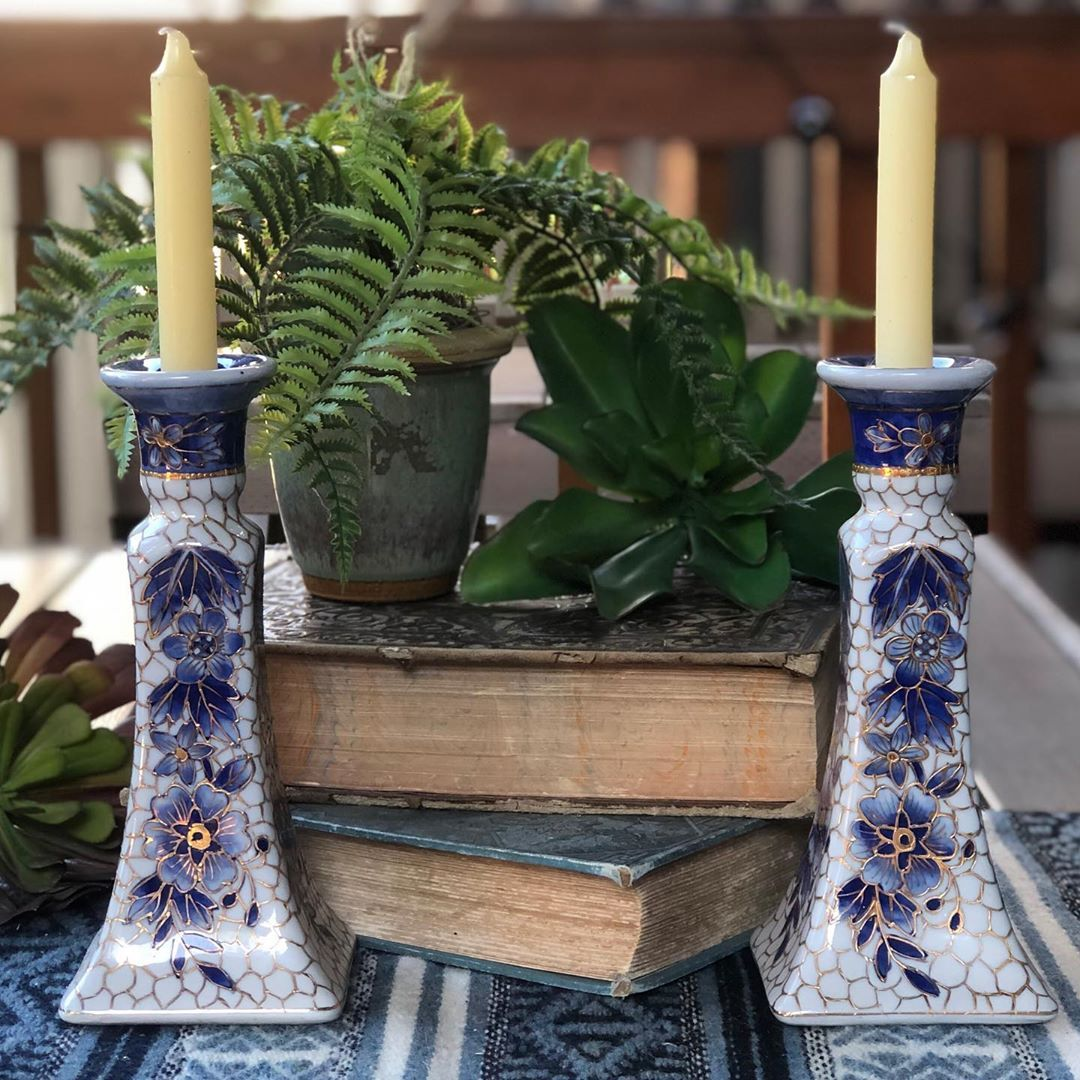 More great candlestick holders added to my shop! Link in my bio. #moreismoredecor #finditstyleit #chinoiserie #chinoiseriechicstyle #shelfie #boho #jungalowhome #jungalow #shopsmall #supportsmallbusiness #instavintage #vintagedecor #etsy #eclecticdecor #eclectichome #myeclecticspace
