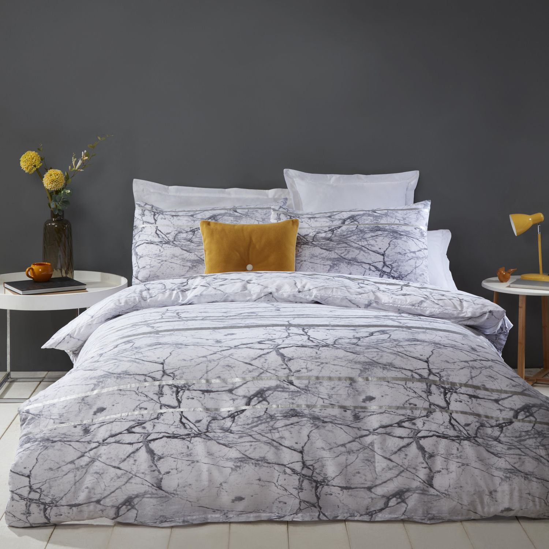 This Extravagant And Modern Marble Stripe Metallic Silver Duvet