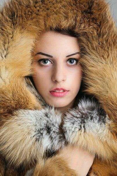 Fox Fur Frame