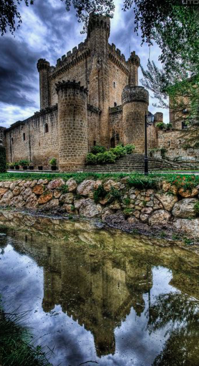 Castillo Sazajarra La Rioja Spain Beautiful Castles European Castles Castle