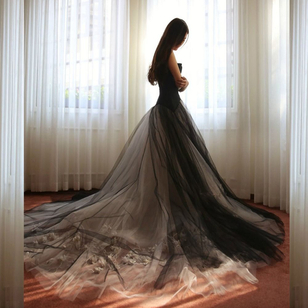 Custom Made Black Gothic Floral Lace Wedding Dresses 2017