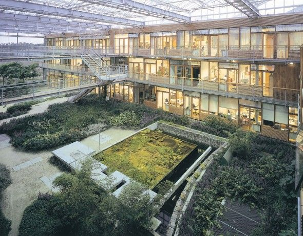 Inner courtyard alterra institute for environmental for Exterior research and design