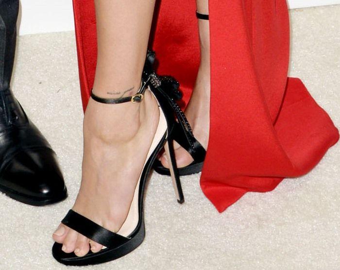 Faye Ankle Strap Sandal Nicholas Kirkwood BZa9R