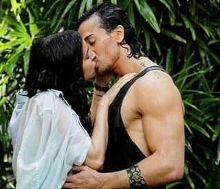 Shraddha Kapoor And Tiger Shroffs Lip Lock Kissing Scene In Baaghi Shraddha Kapoor And Tiger Shroff Starrer Upcoming Baaghi Is All Set To Release