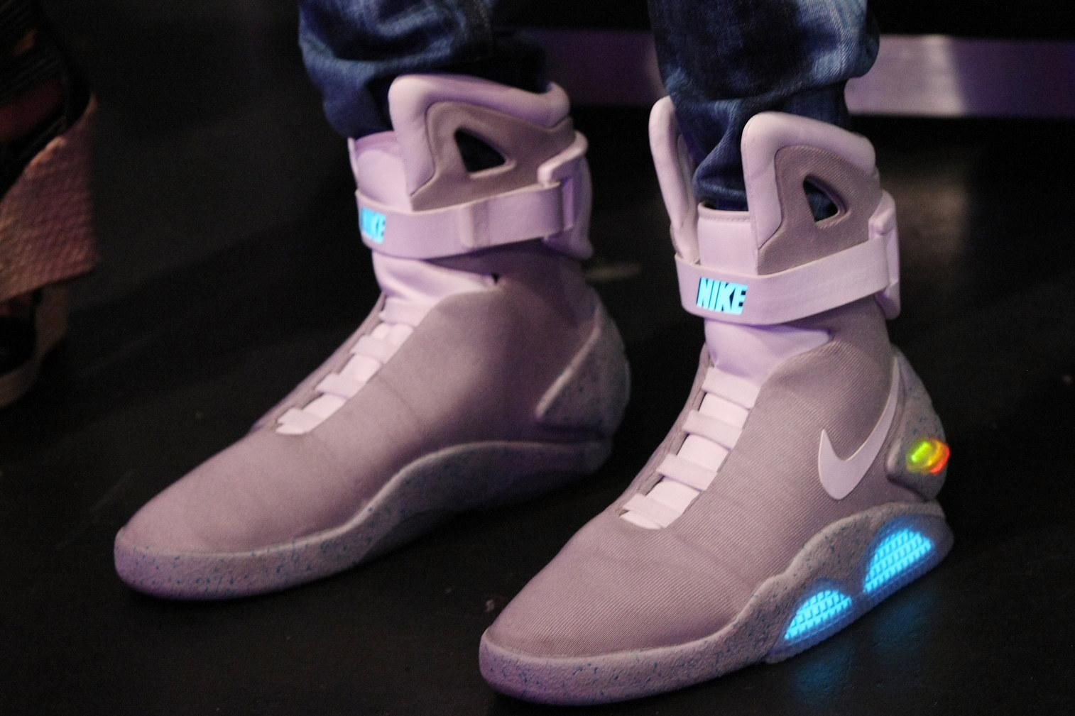 These New Battery Powered Nikes Literally Lace Themselves Up