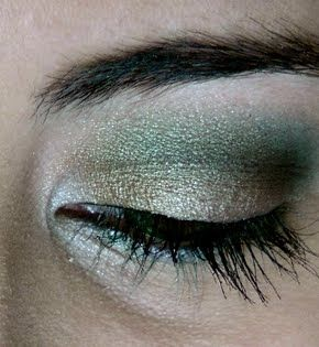 Steamy Olive Green Look