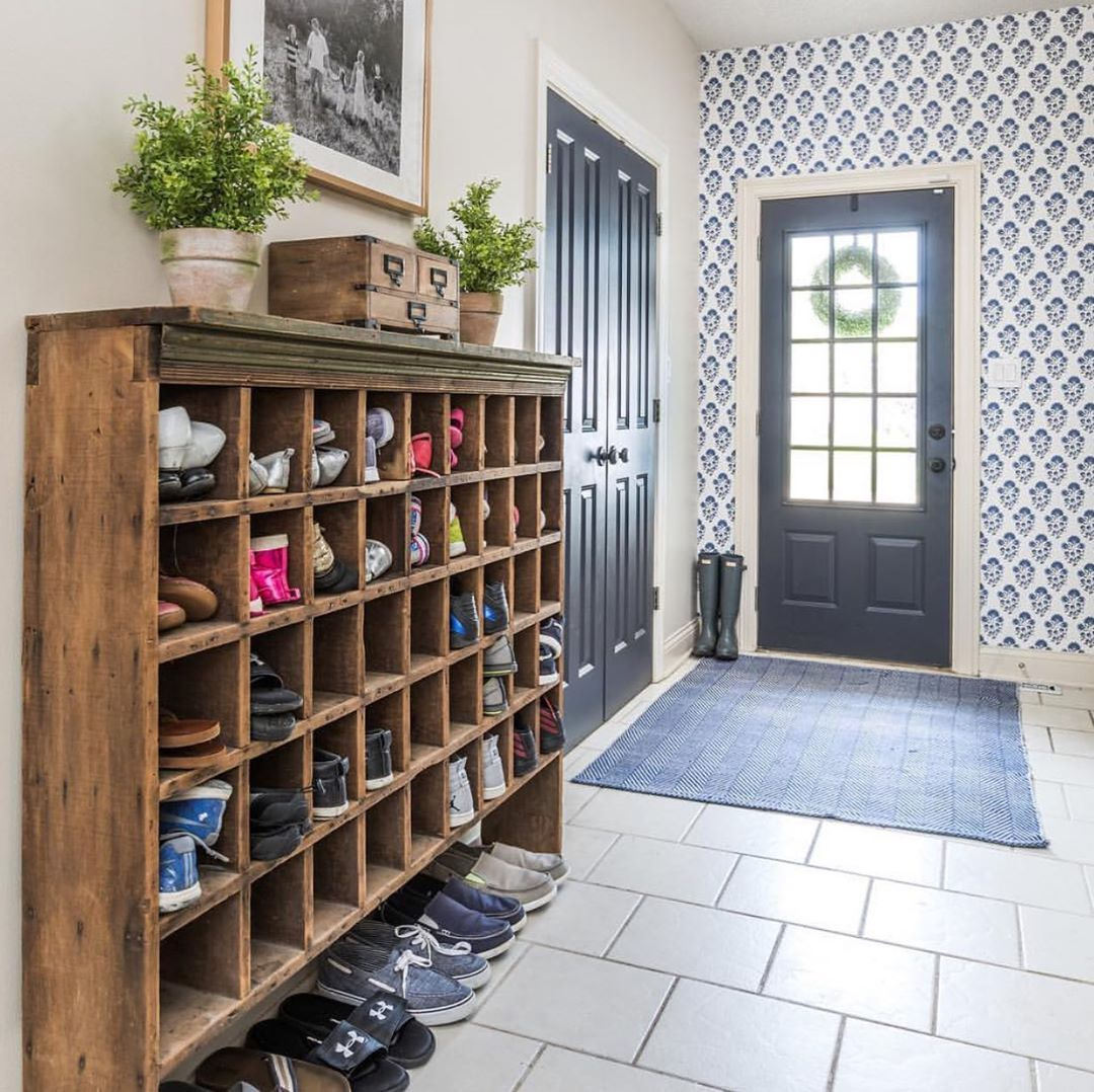 Home Organisation And Cleaning On Instagram What A Creative And Functional Way To Store All Your Shoes At The Front Door Mudroom Decor Front Door Shoe Cubby