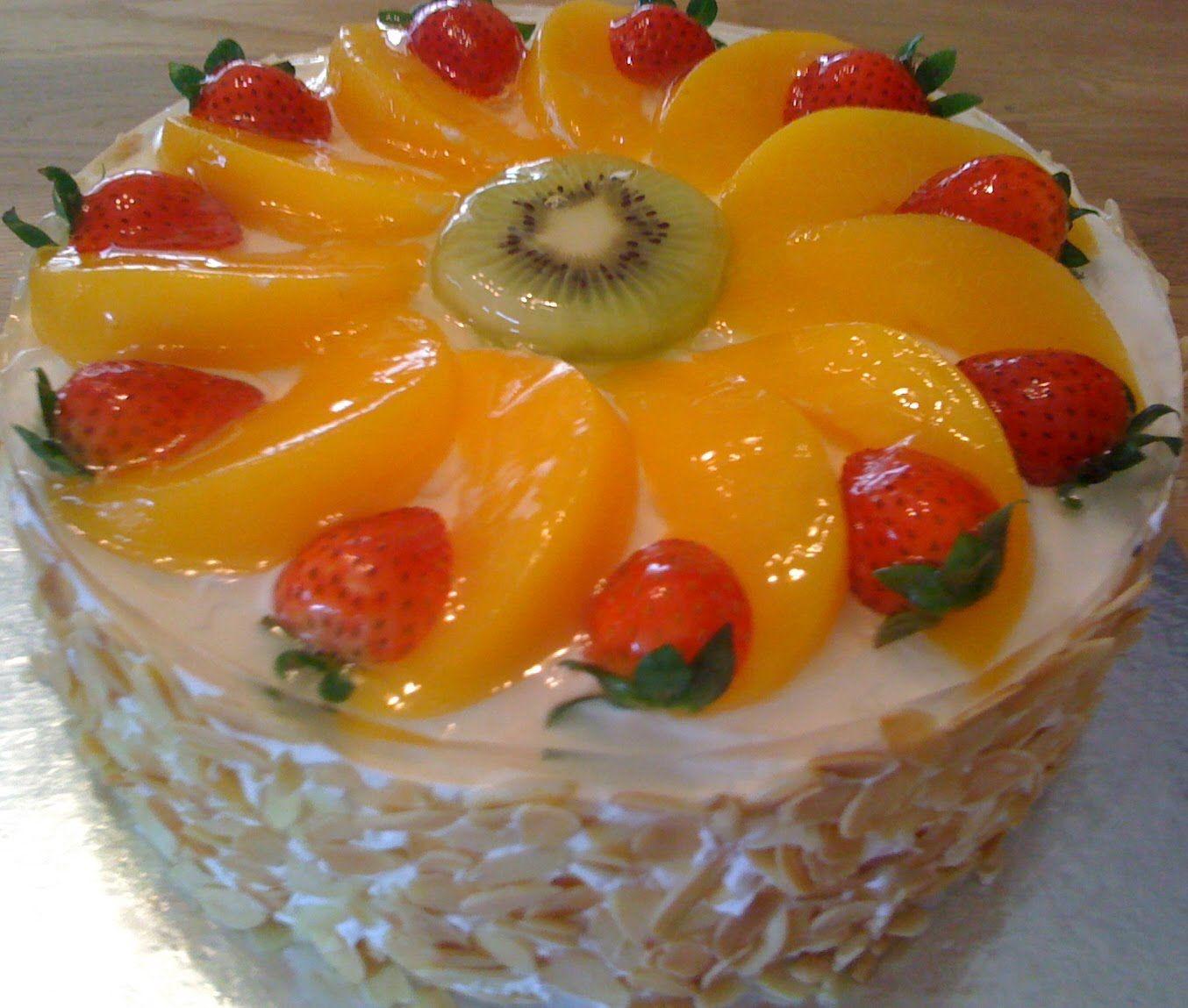 hermosa decoracin de la torta con frutas cocinas Pinterest