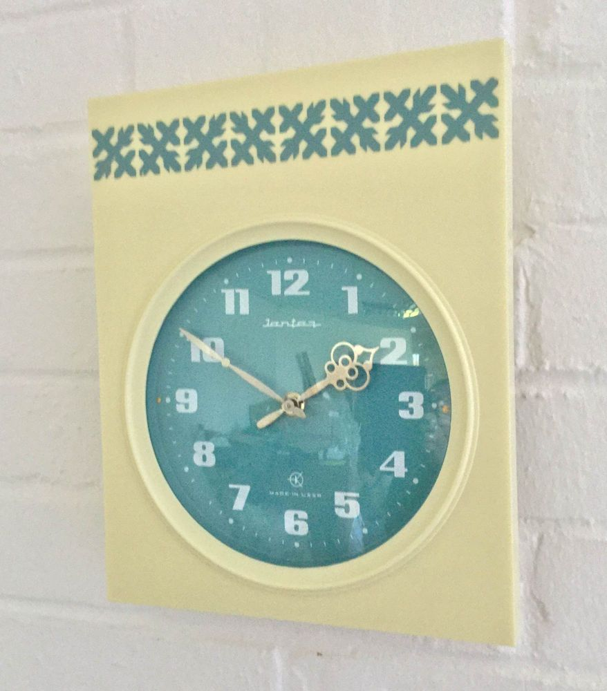 Vintage 1970s cream blue jantaz ussr soviet russian wall clock vintage 1970s cream blue jantaz ussr soviet russian wall clock battery movement amipublicfo Images