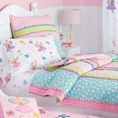 Company Kids Sarah Stripe Quilt   10 Pretty Bedding Sets For Your Little  Girl ... → Lifestyle