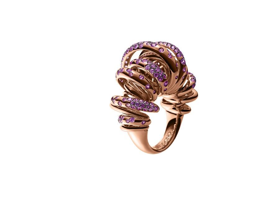 Colourful summer jewels from de GRISOGONO Sole Gold rings and Rose
