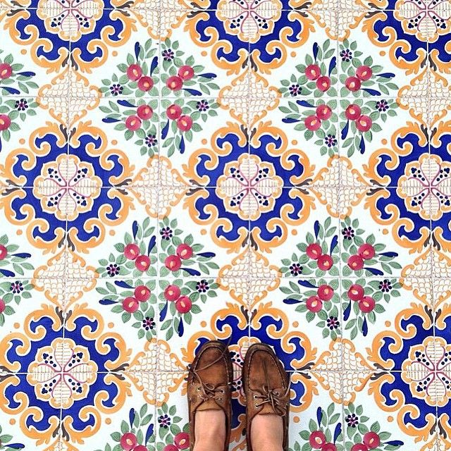 Regram @j_dur #ihavethisthingwithfloors | Azulejos, delft, мexican ...