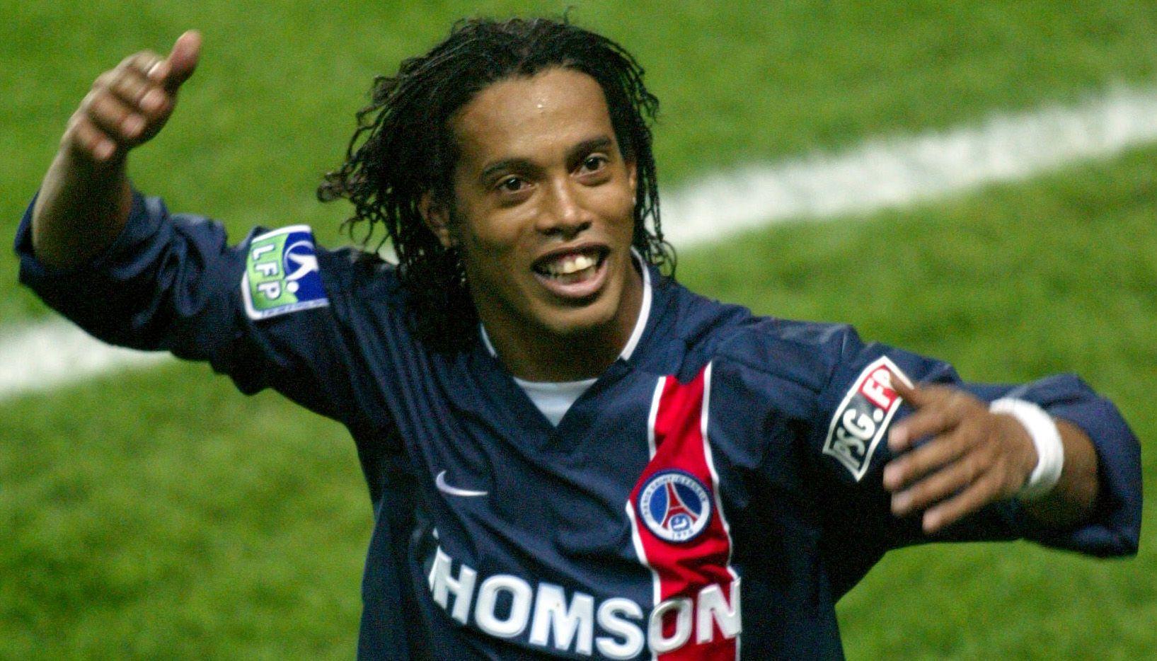 Ronaldinho in PSG Romarinho Pinterest Psg, Paris