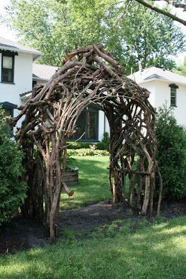 Dead Willow Tree Google Search Garden In The Woods