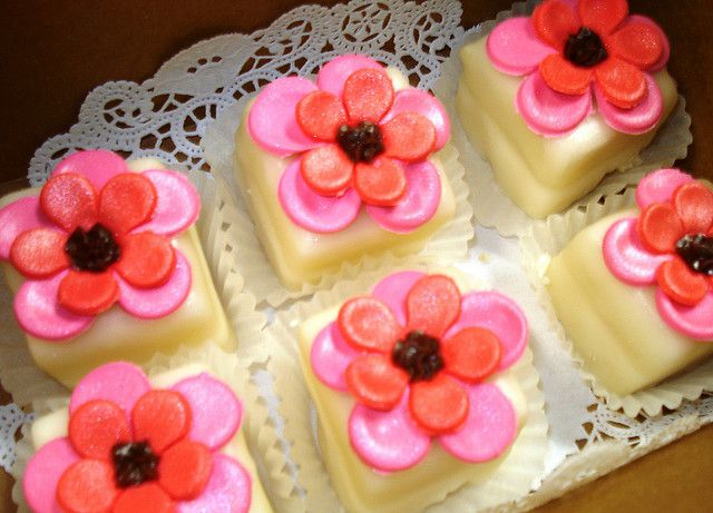 Vanilla petit fours with fondant flowers  BLUECAKECOMPANY