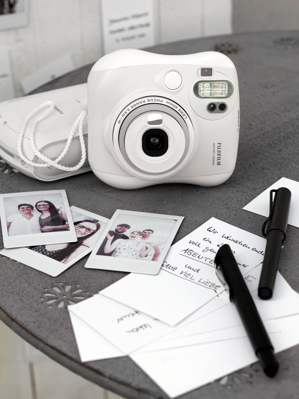 FotoGstebuch und Hochzeitsbilder mit Sofortbildkamera