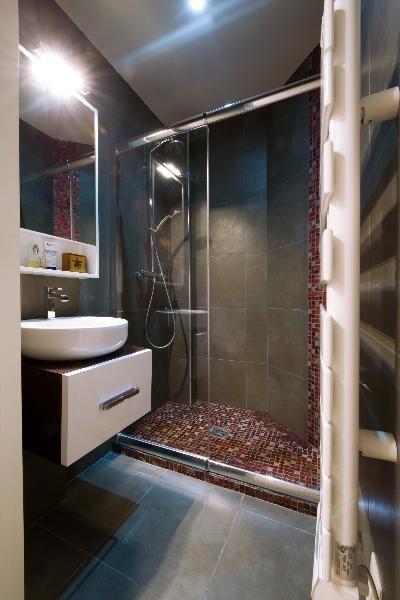Salle de bain Design et effets graphiques créé par
