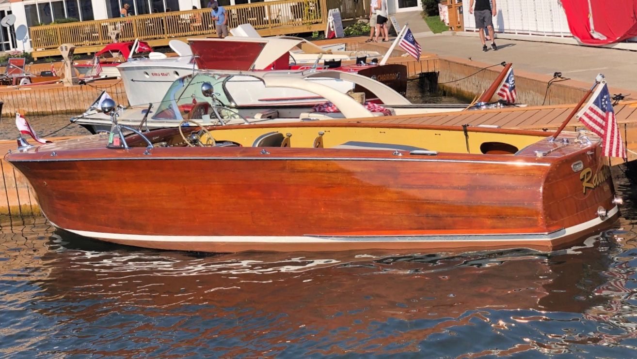 1949 22 Shepherd Utility At The 2019 Acbs International Boat Show