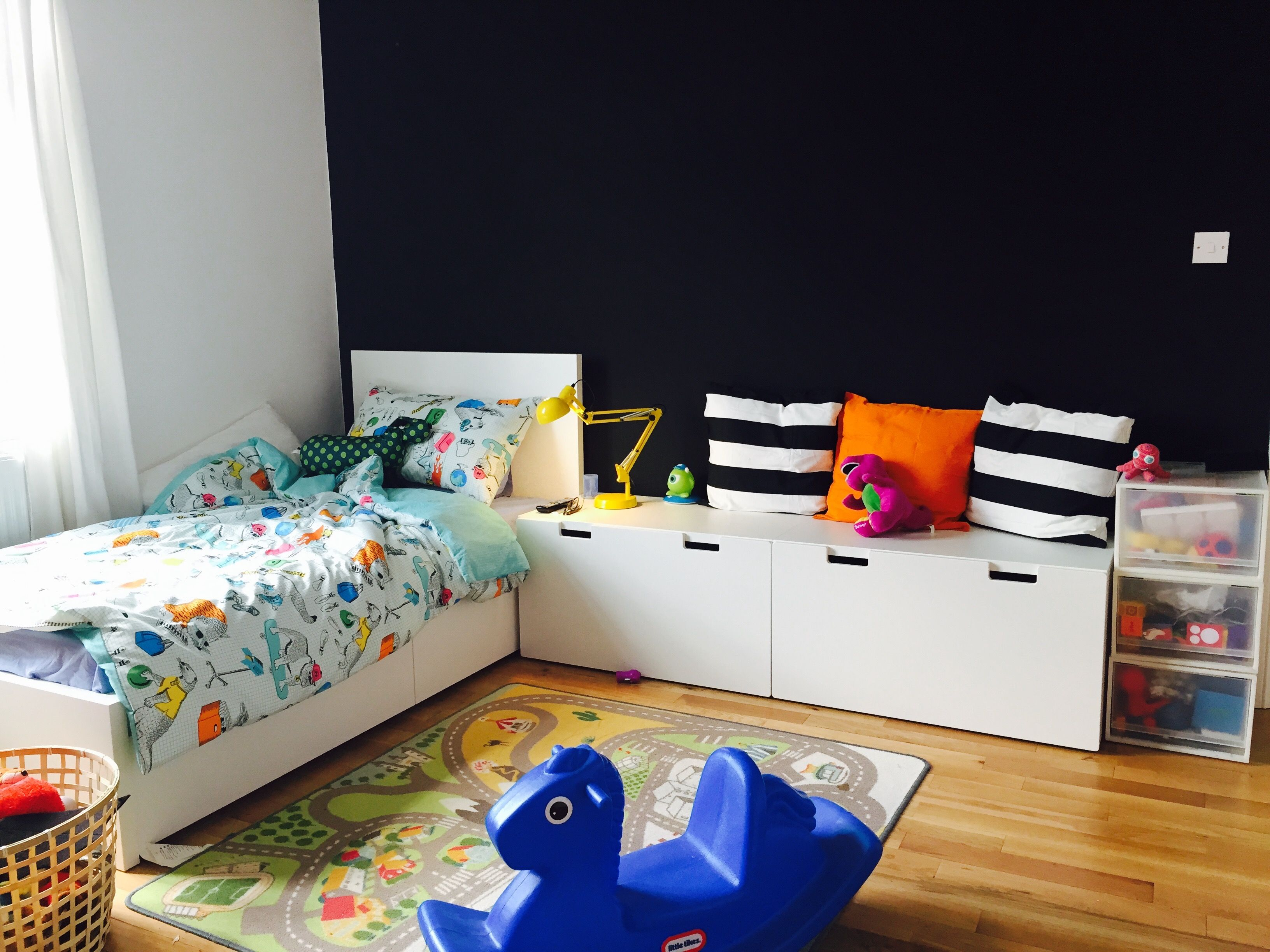 children 39 s room ikea malm bed with stuva storage benches. Black Bedroom Furniture Sets. Home Design Ideas