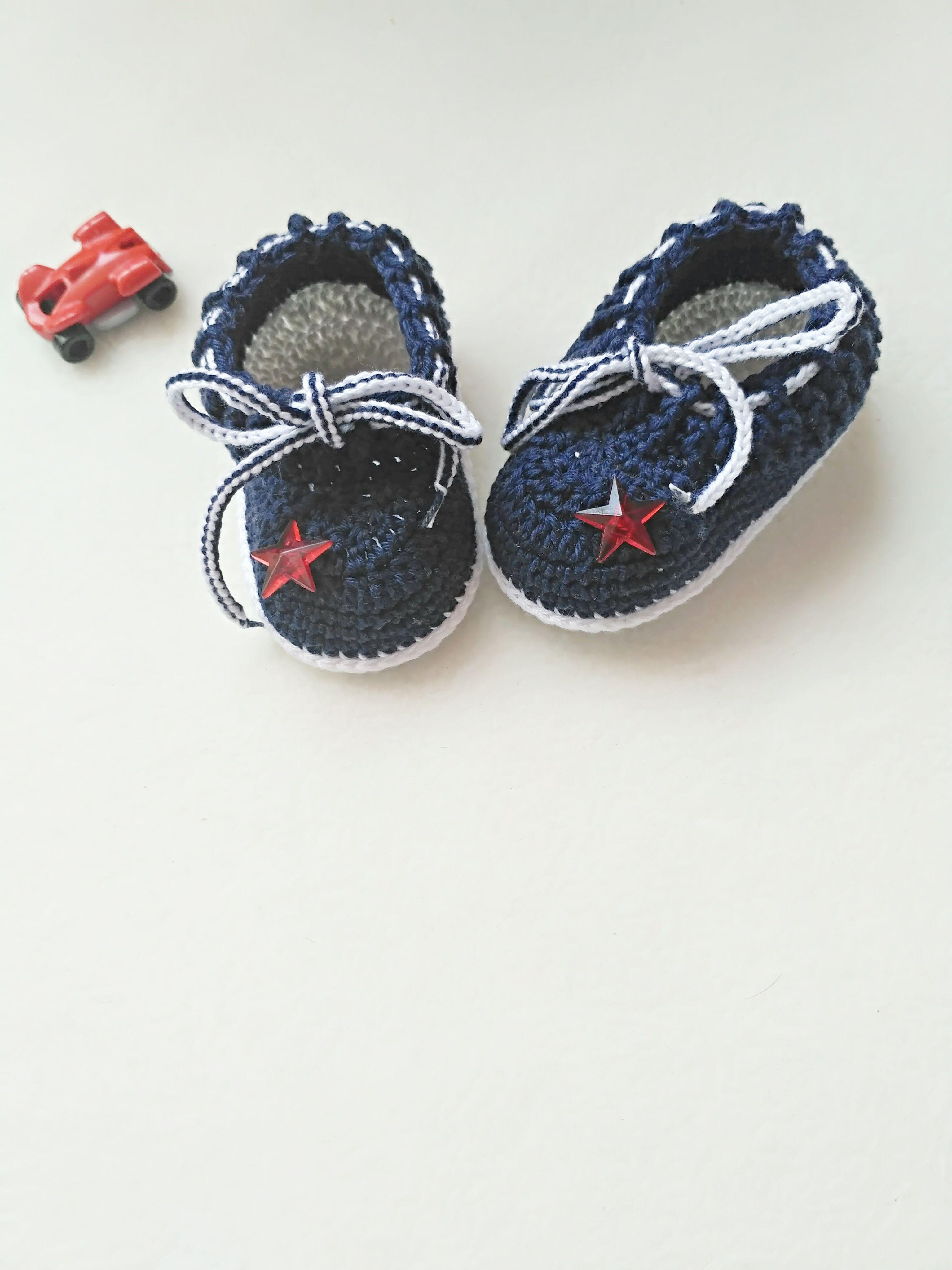 Newborn baby sneakers, Newborn Photo