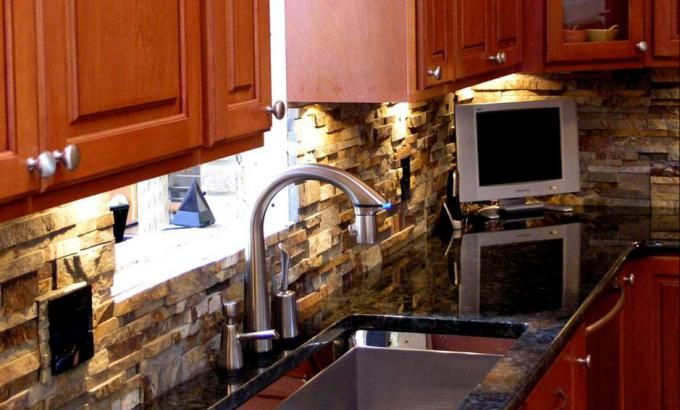 Ochre Blend Stone Panels | Norstone USA | Decorations ...