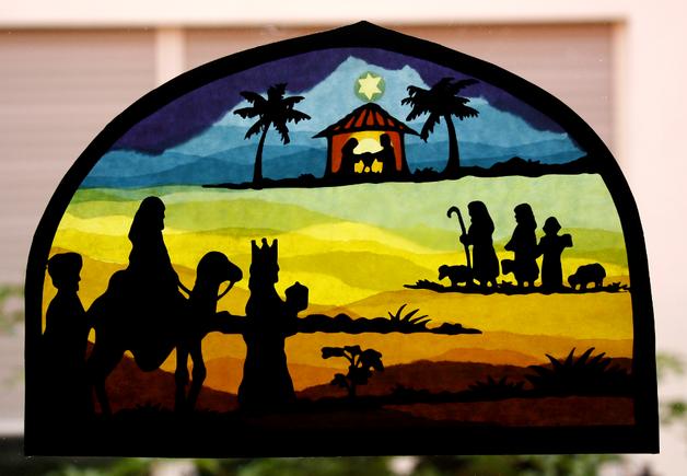 Dieses Fensterbild Zeigt Die Weihnachtsgeschichte Mit Der