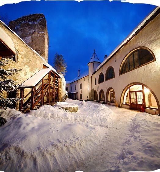 winter wedding destination, Grand Castle, Slovakia