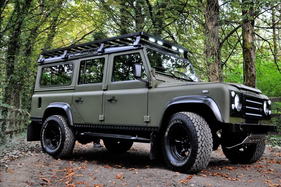 The Best Land Rover Defender Custom Builds Land Rover Defender Land Rover Todo Terreno