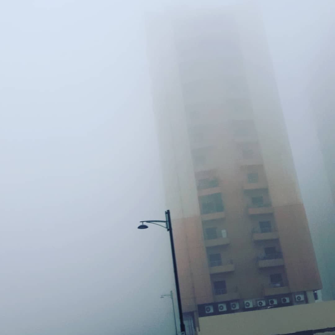 This morning 😱 #mydubai🇦🇪 #foggy #foggydubai #dubaimorning #dubailife