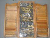 Photo of Min favoritt repurpose ~ to gamle skodder fra vennene mine gamle låven og døra av …