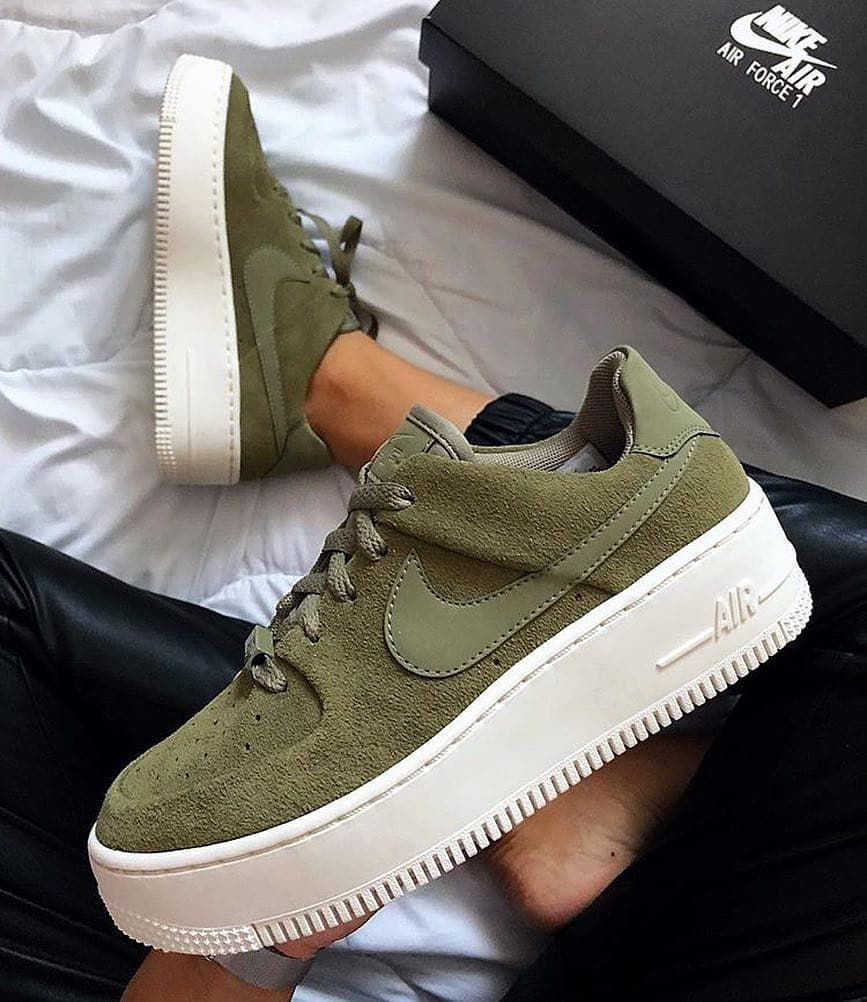 Are there any girls who love AF1 ?? #nike #nikeairforce ...
