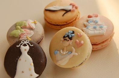 Wedding macarons.<3