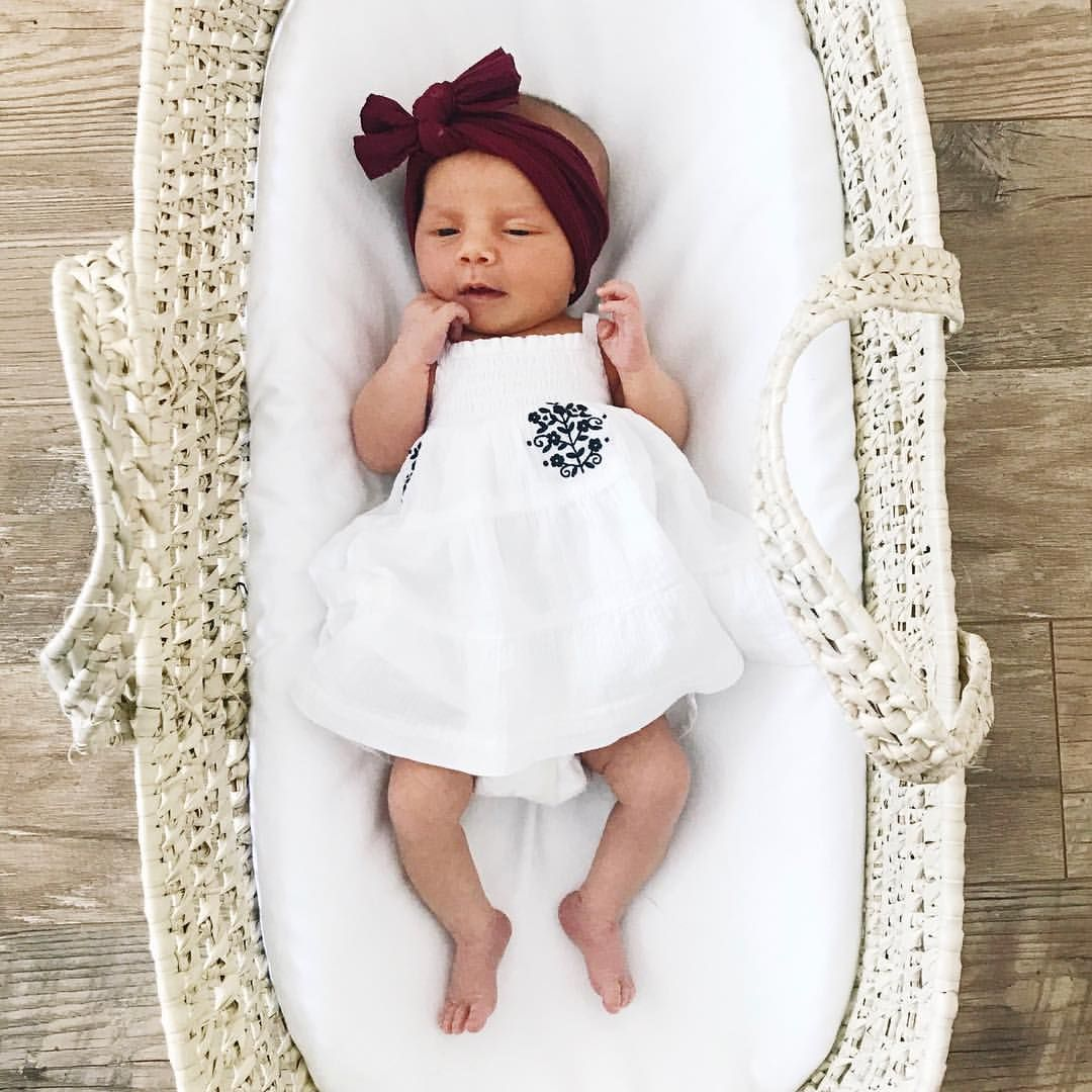 1 616 Likes 25 Comments Kaley Munday Kaleymunday On Instagram The Tiniest Little Dress For A Teeny Li Baby Girl Newborn Cute Pictures