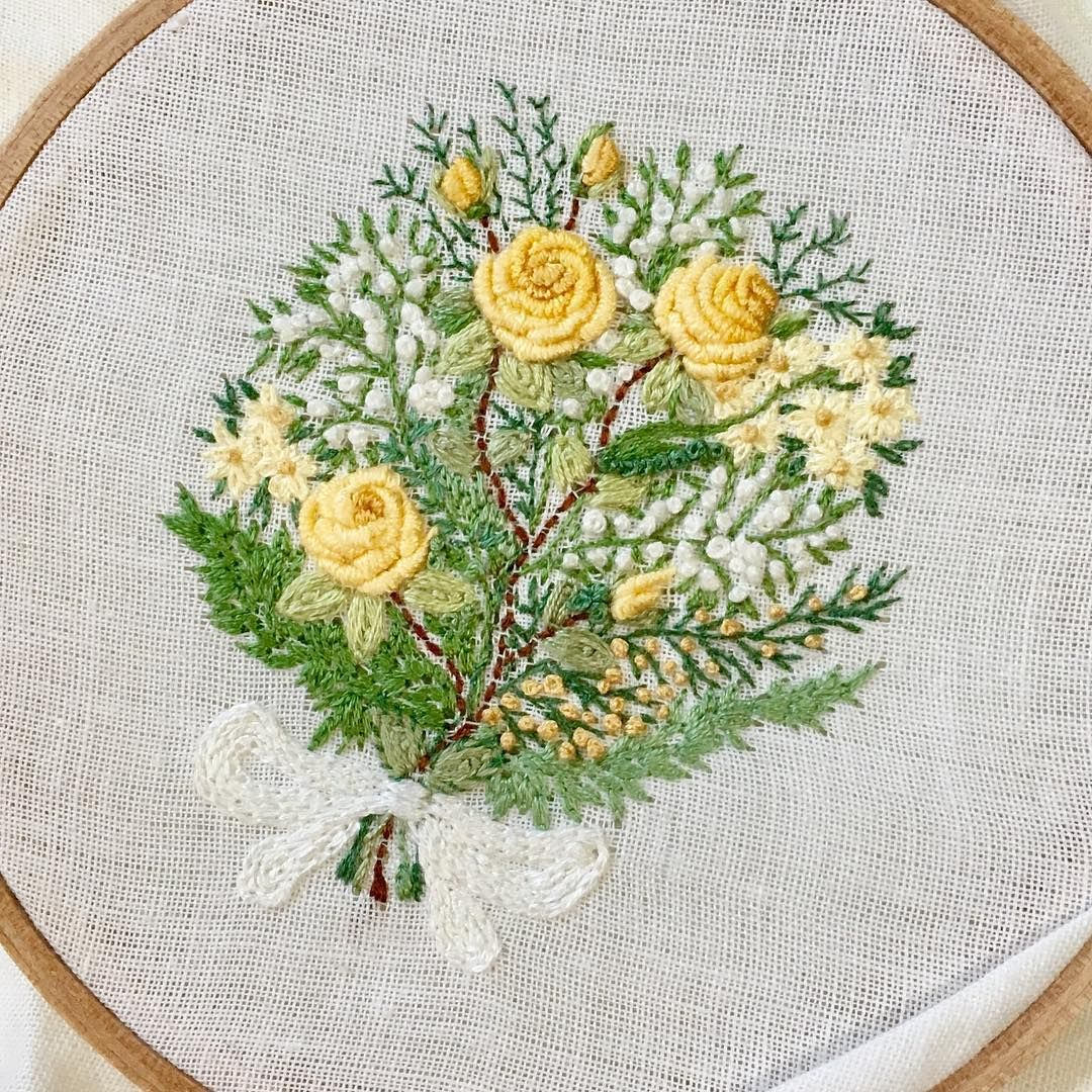 Little bouquet embroidery handembroidery flowers bordado