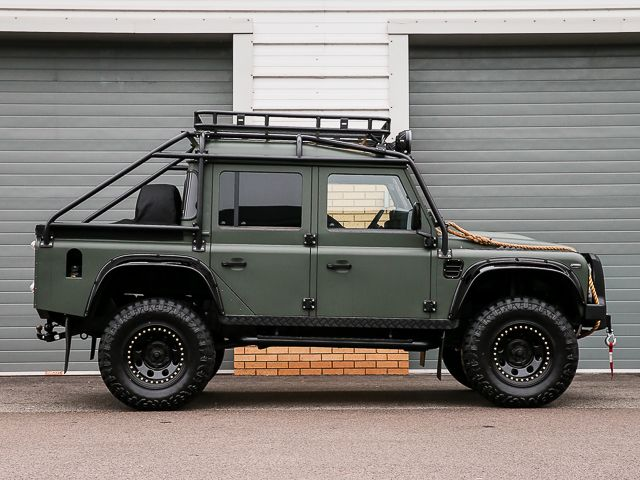"""DEFENDER THOR """"SPECTRE STYLED"""" 110 XS DOUBLE CAB PICK UP/DCPU LEFT"""