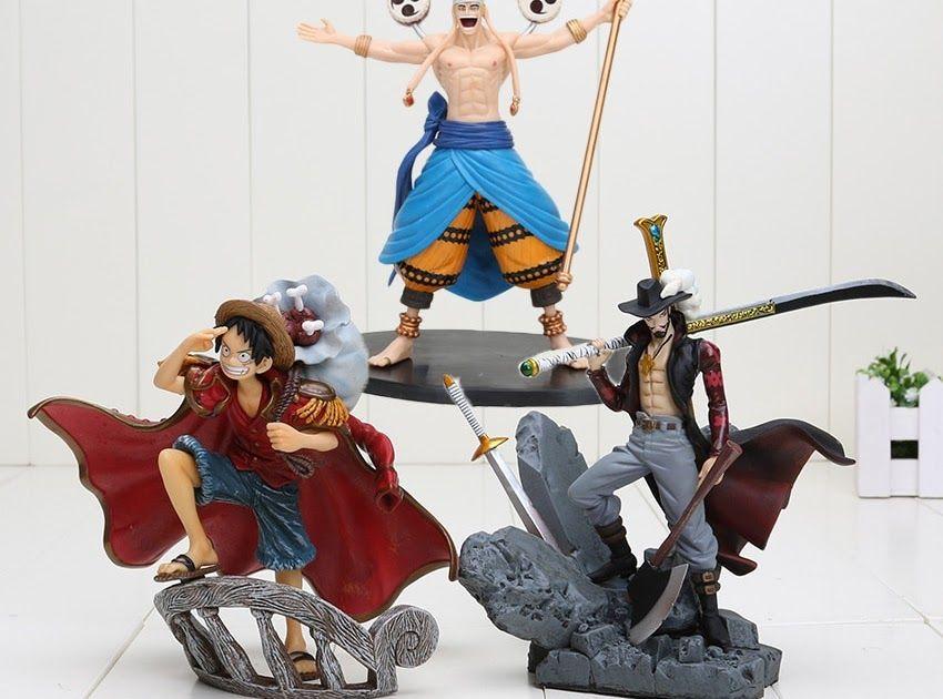 Dracule Mihawk PVC Anime Action Figure Collection Toy Manga figure One Piece