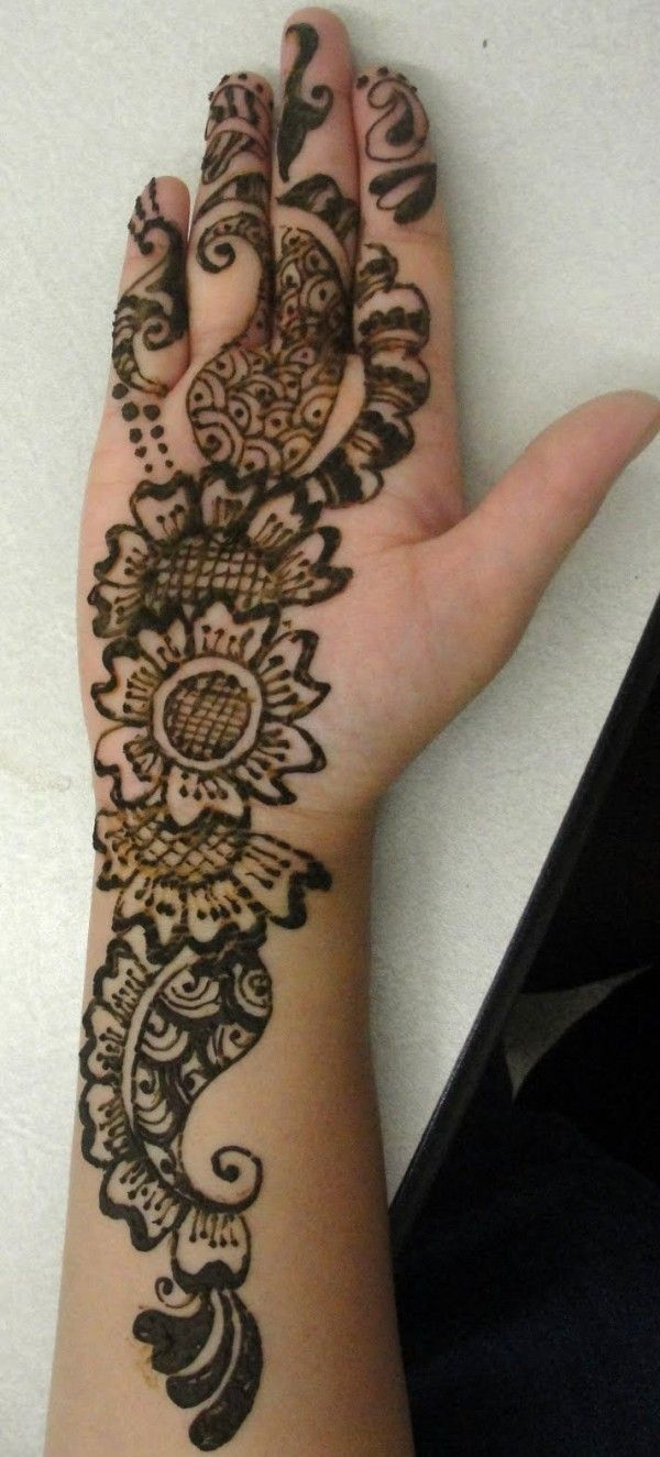 Mehndi Designs Upper Hand : Simple hands mehndi designs arabicmehndidesigns