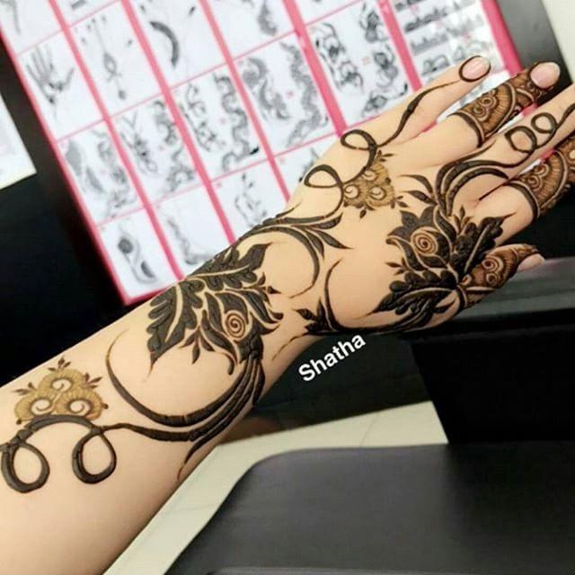 Ward454 Ward454 حناء حنايات الحناء رسم نقش فن موضه ديزاين الامارات ابوظبي مشاركه دبي تصويري Henna Designs Hand Floral Henna Designs Unique Mehndi Designs