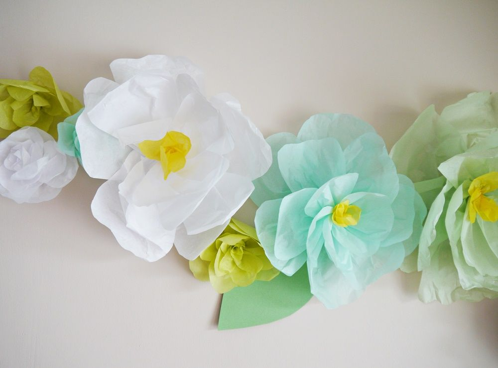 Wall Decoration Paper Flowers : Tissue paper flower wall decor flowers