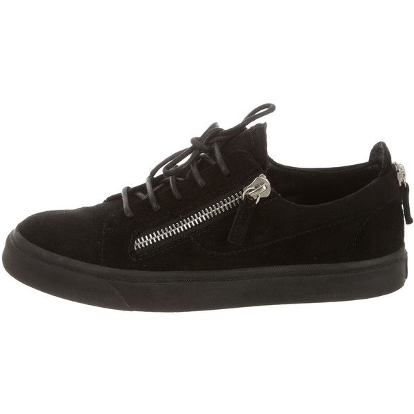 Pre-owned Giuseppe Zanotti Suede Sneakers ($245) ❤ liked on Polyvore featuring shoes, sneakers, lace up shoes, giuseppe zanotti sneakers, suede sneakers, suede lace up shoes and black shoes