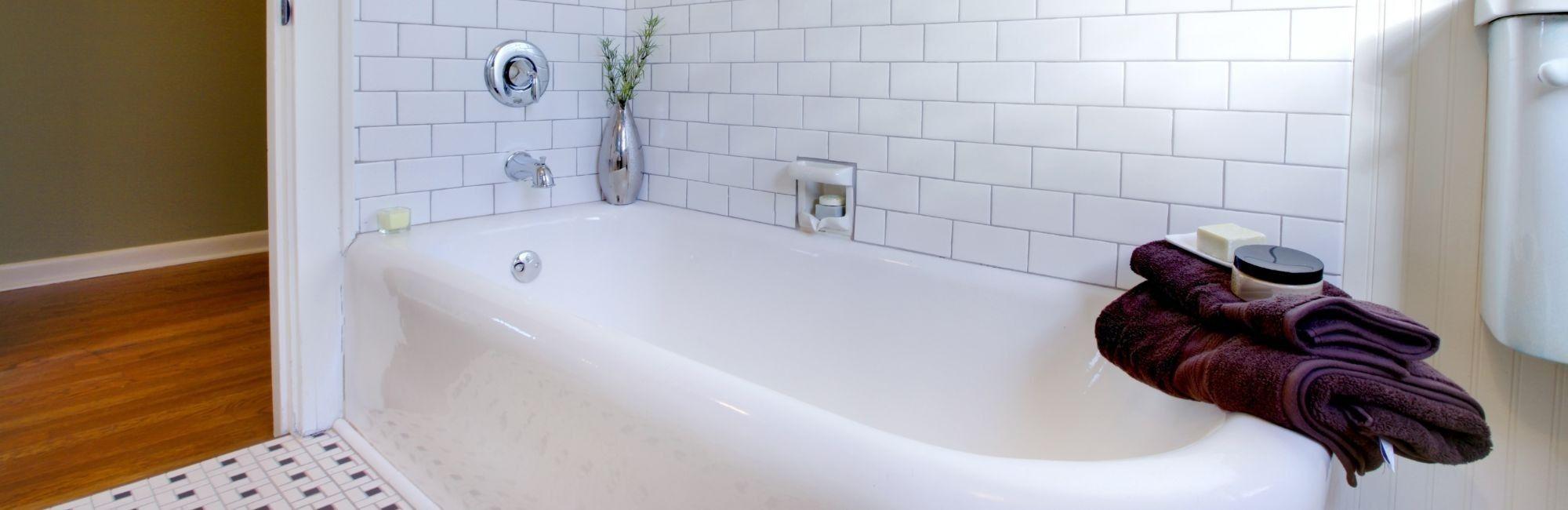 Bathtub reglazing http://www.bathtubrefinishingschool.com Avondale ...