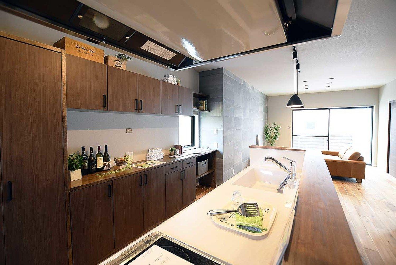 大人を楽しむお家 宮崎で注文住宅を建てる東洋ホームの写真集 キッチン 注文住宅 システムキッチン