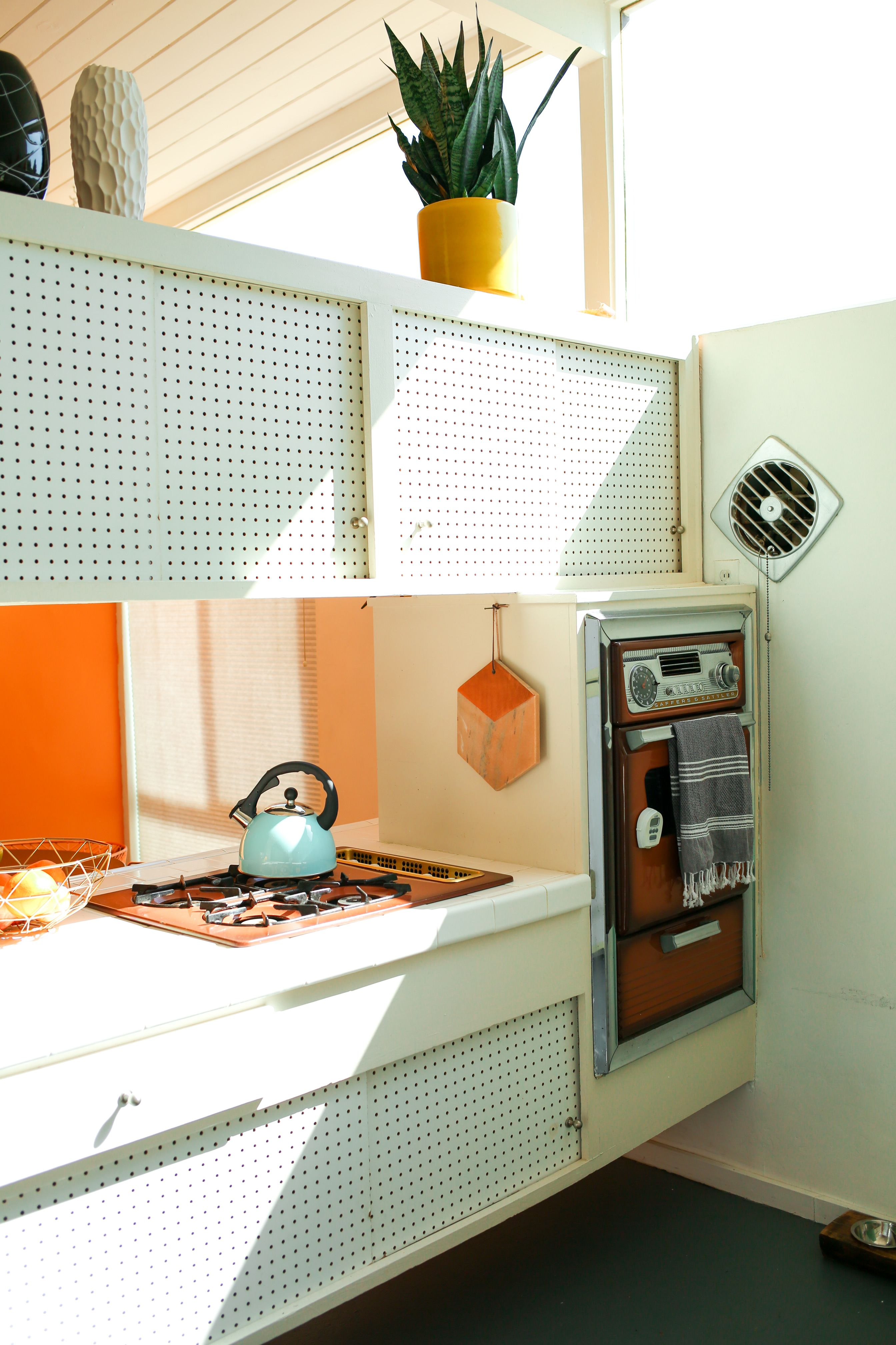 Danielle Nagel Dazey La Founder Retro Palm Spring Home Desert Homes Kitchen Style Quirky Home Decor
