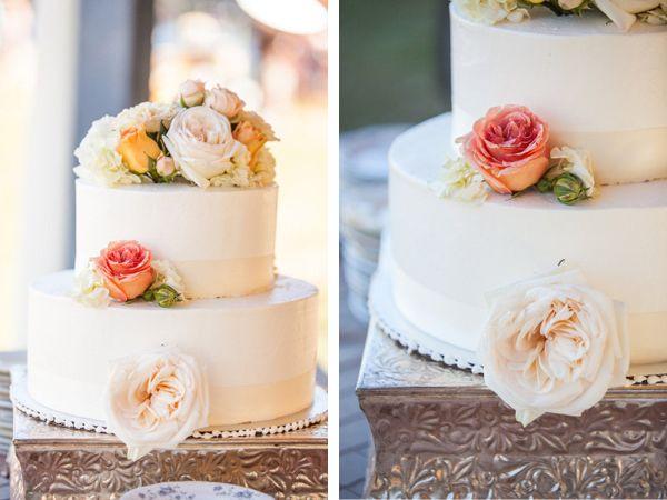 Donner Lake Wedding by Anita Martin Photography via TahoeUnveiled.com | Cake by Cake Tahoe