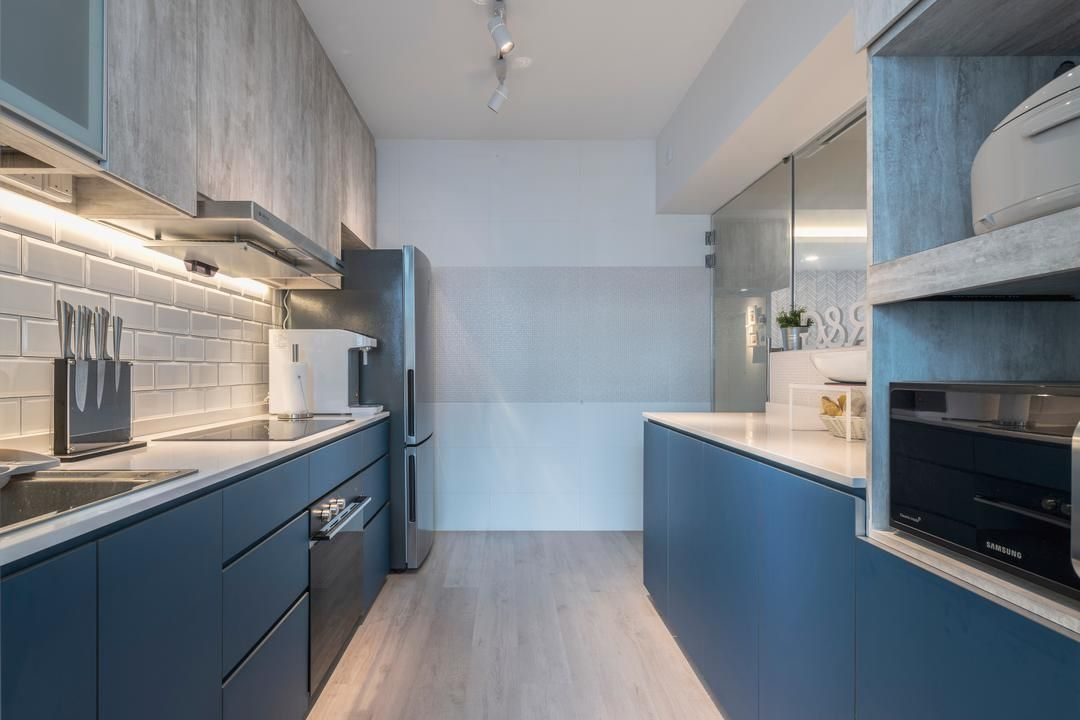 Check Out This Scandinavian Style Hdb Kitchen And Other Similar Styles On Qanvast Interior Design Singapore Interior Design Kitchen Kitchen