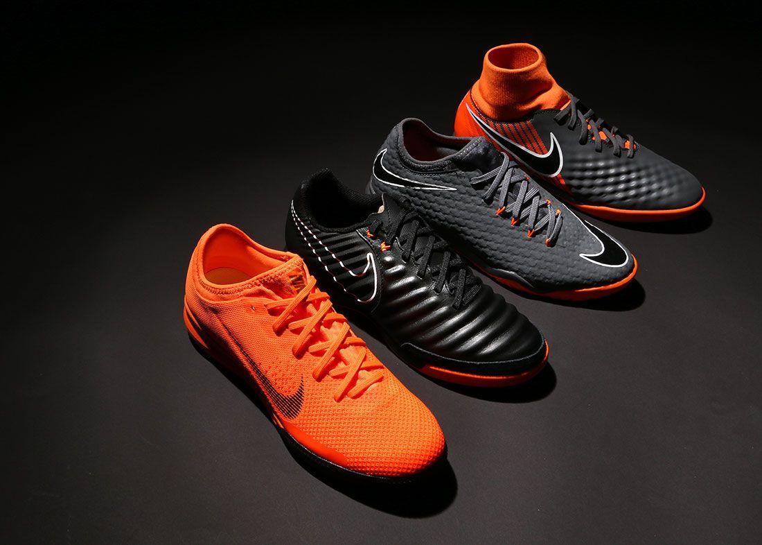 lowest price f6b8f 262f6 Nike es referente en fútbol sala, su innovación en nuevas líneas de  zapatillas futsal distingue