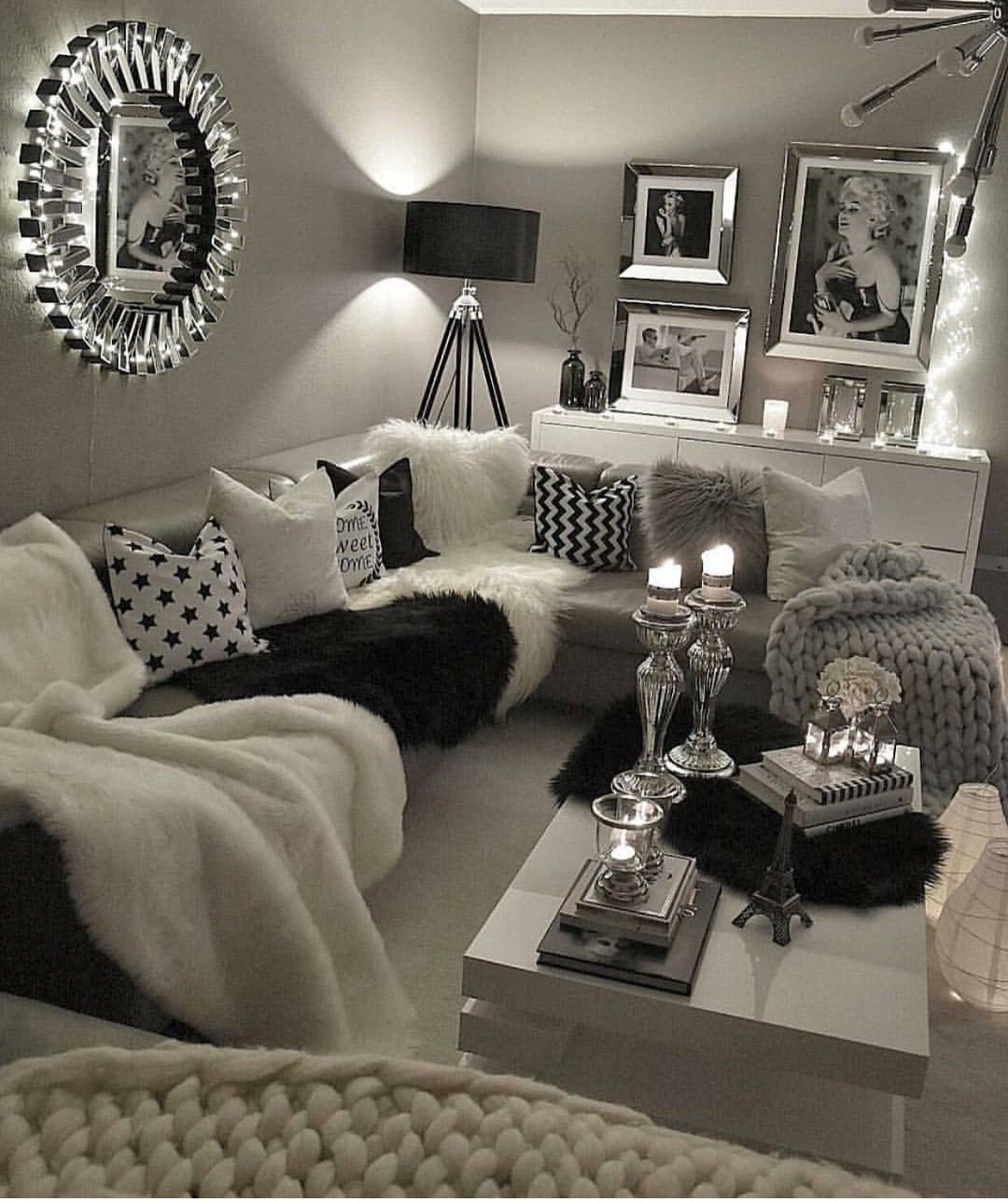 Best Leabeautyyx Living Room Glam Black White Light 640 x 480