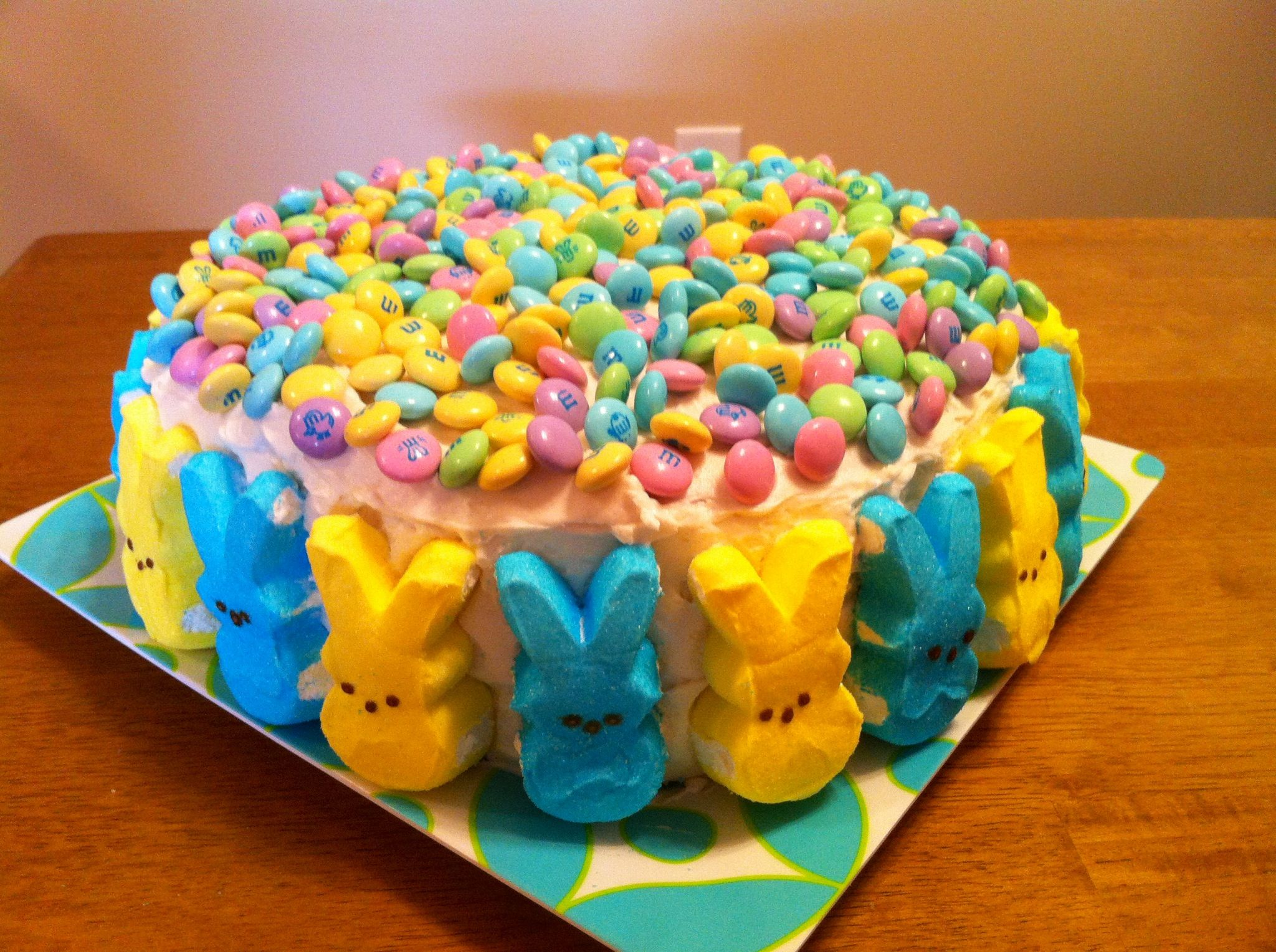 Easy Easter Cake! Decorate any cake with Peeps and M ...