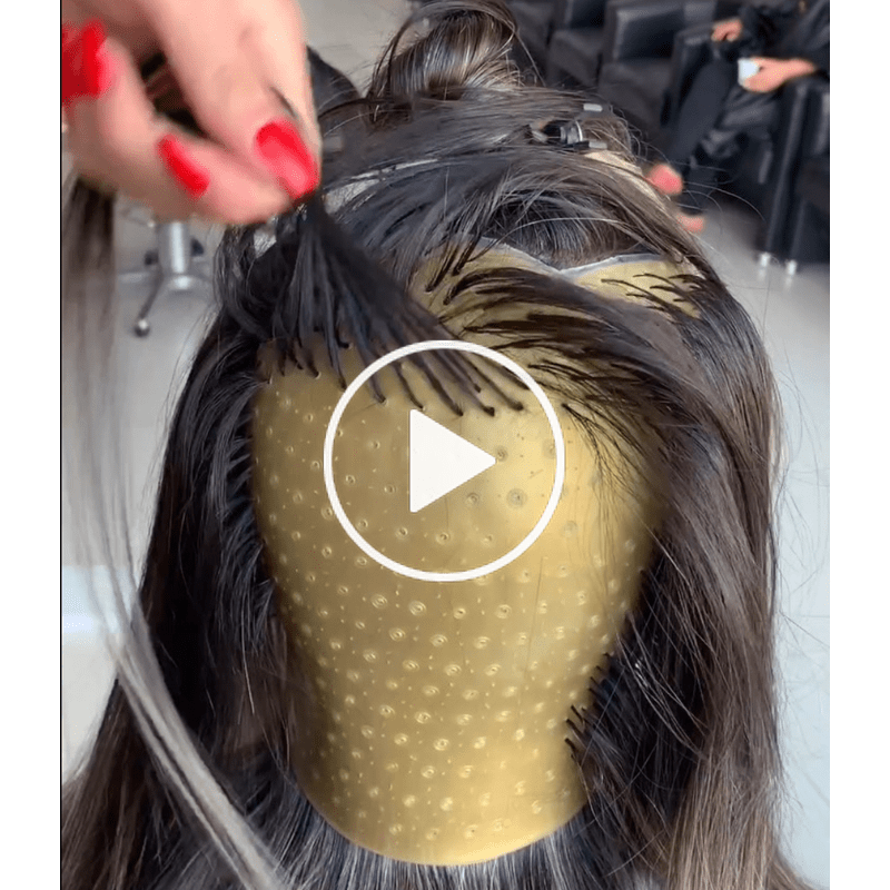 Well This Looks Interesting Capping Technique For Blonde Transformations Hair Highlight Cap Diy Highlights Hair Hair Color Techniques