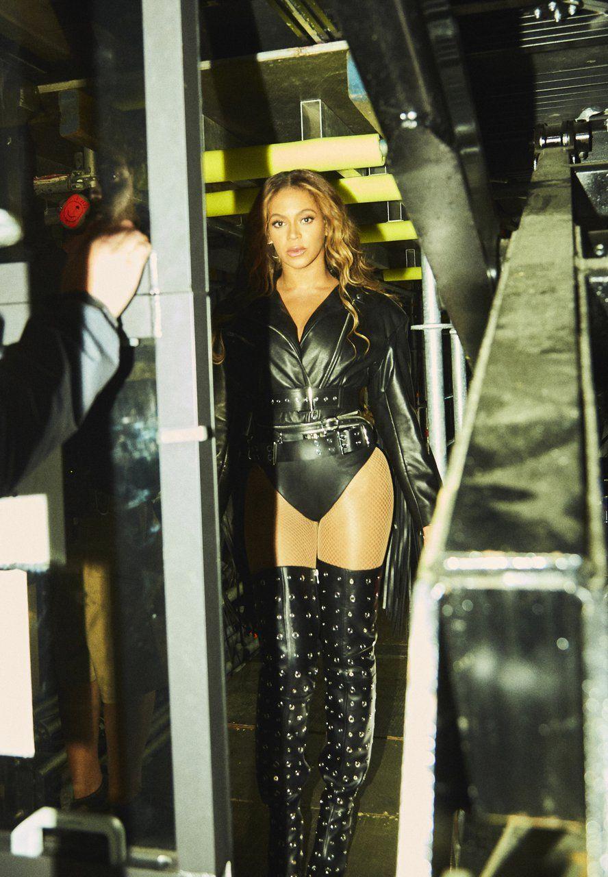 Beyoncé OTR II SEATTLE Beyonce outfits, Beyonce